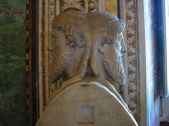 1-Janus-Vatican