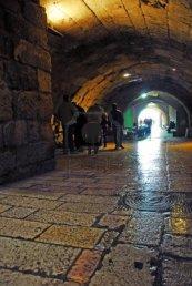 antiguas-calles-de-jerusalen-el-metro-de-edad