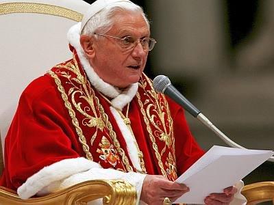 papa-benedicto-XVI-lanza-disco