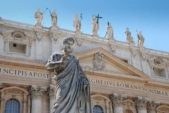 basilica-de-san-pedro-en-el-vaticano-italia