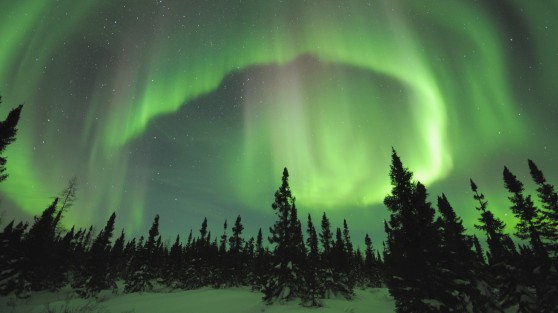 northern-lights-aurora-borealis-canada