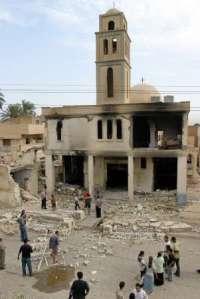 20080109190159-iglesia-catolica-iraqui-destruida