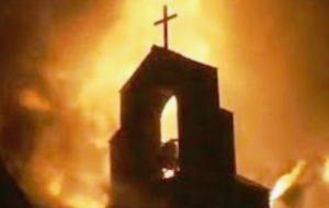 templo en llamas