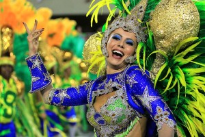 Carnival in Rio: Elaborate costume