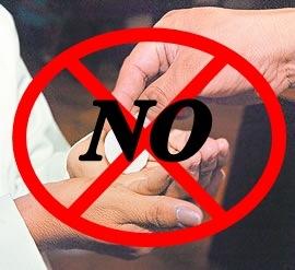 comunión en la mano, no a la..