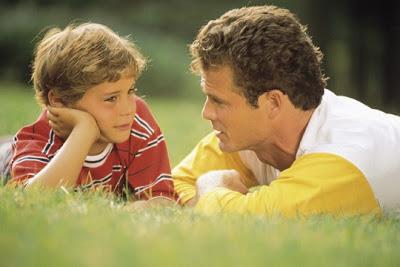 padre-enseñando-hijo
