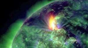 0k0279_explosion-solar-2012-04