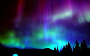 Colorful-Aurora-Borealis-Wallpaper