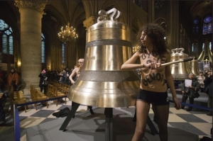 Protesta dlee FEMEN contro Papa Benedetto XVI