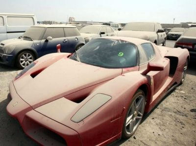 Abandoned-Dubai-cars-1
