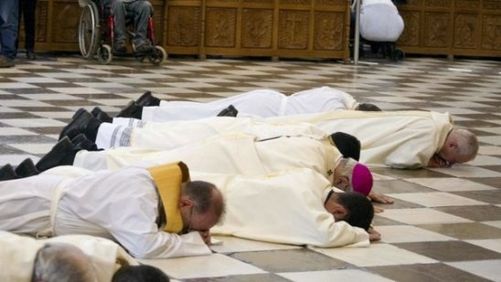 acto-de-contriccion-del-arzobispo-de-granada