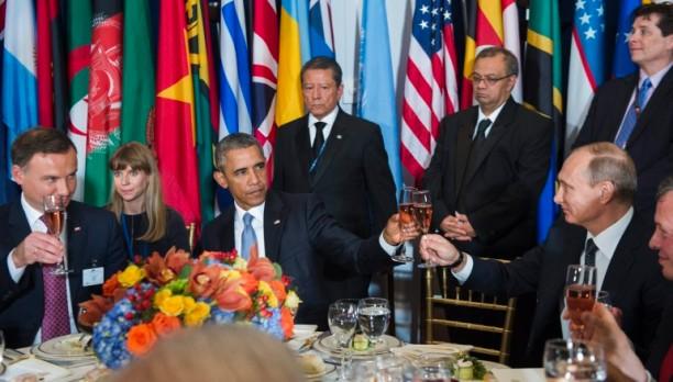 50928094. Nueva York, 28 Sep. 2015 (Notimex-).- El presidente estadunidense Barack Obama y su homólogo ruso Vladmir Putin, se sentaron en la misma mesa durante un almuerzo ofrecido por el secretario general de la Organización de las Naciones Unidas, Ban Ki-moon. NOTIMEX/FOTO/ONU/COR/POL/