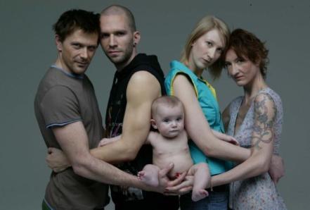 FAMILIA-gays
