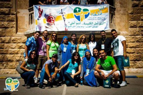 JÓVENES CRISTIANOS DE LA IGLESIA PERSEGUIDA EN ALEPO, SIRIA