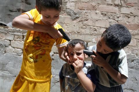 NIÑOS DELINCUENTES IRAQ-WAR-GAMES
