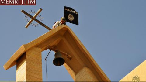 estado_islamico-destruiccion_iglesias_irak_1