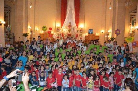niños cristianos oratorio contra bombas