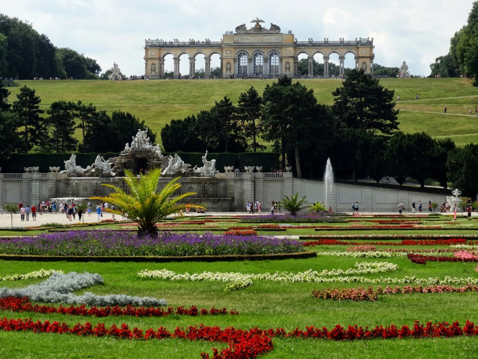El griego cronicadeunatraicion for Jardin imperial