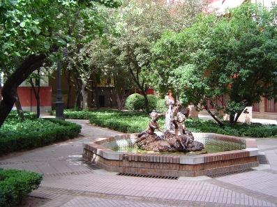 jardin y fuente
